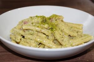 Pasta mit Pistazien Pesto