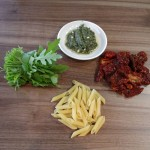 Nudelsalat mit Pesto (2)